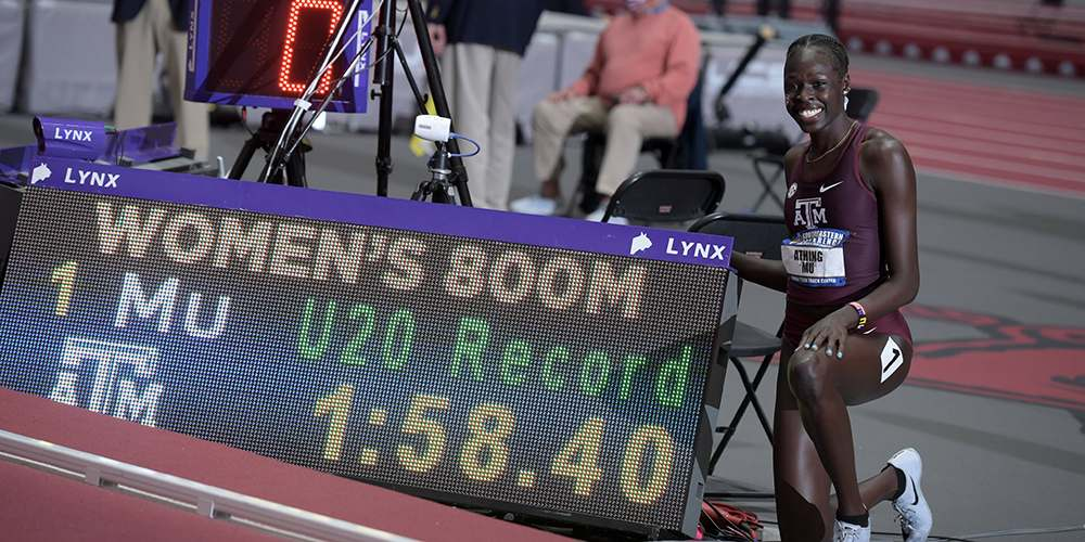 Athing Mu breaks world record in 800m at the SEC Indoor Championships