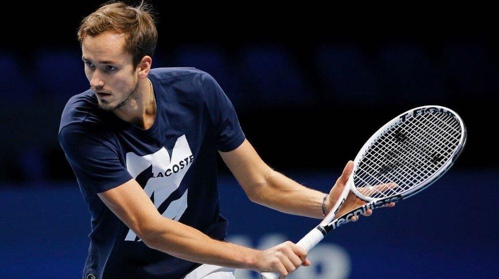 Daniil Medvedev defeated Novak Djokovic at ATP Finals to enter semis
