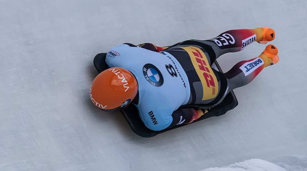 Martins Dukurs and Janine Flock win opening Skeleton World Cup Races