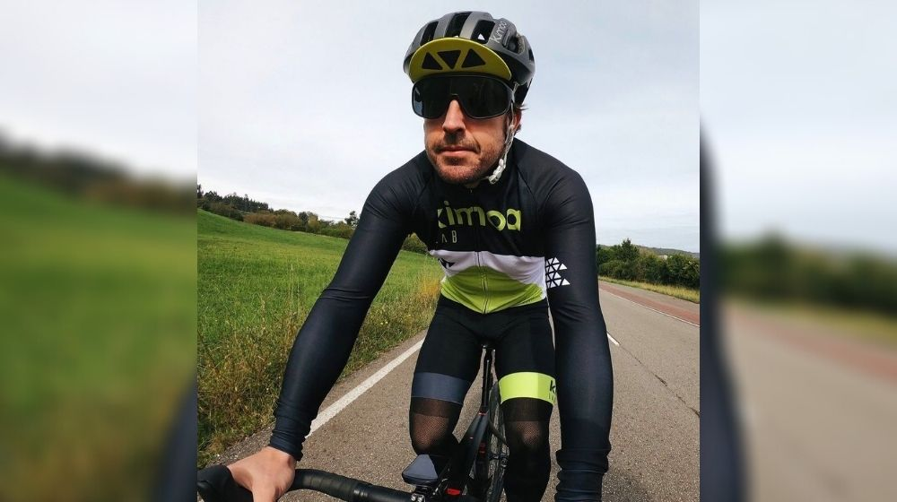 F1 world champion Fernando Alonso injured in a Road Accident while Cycling