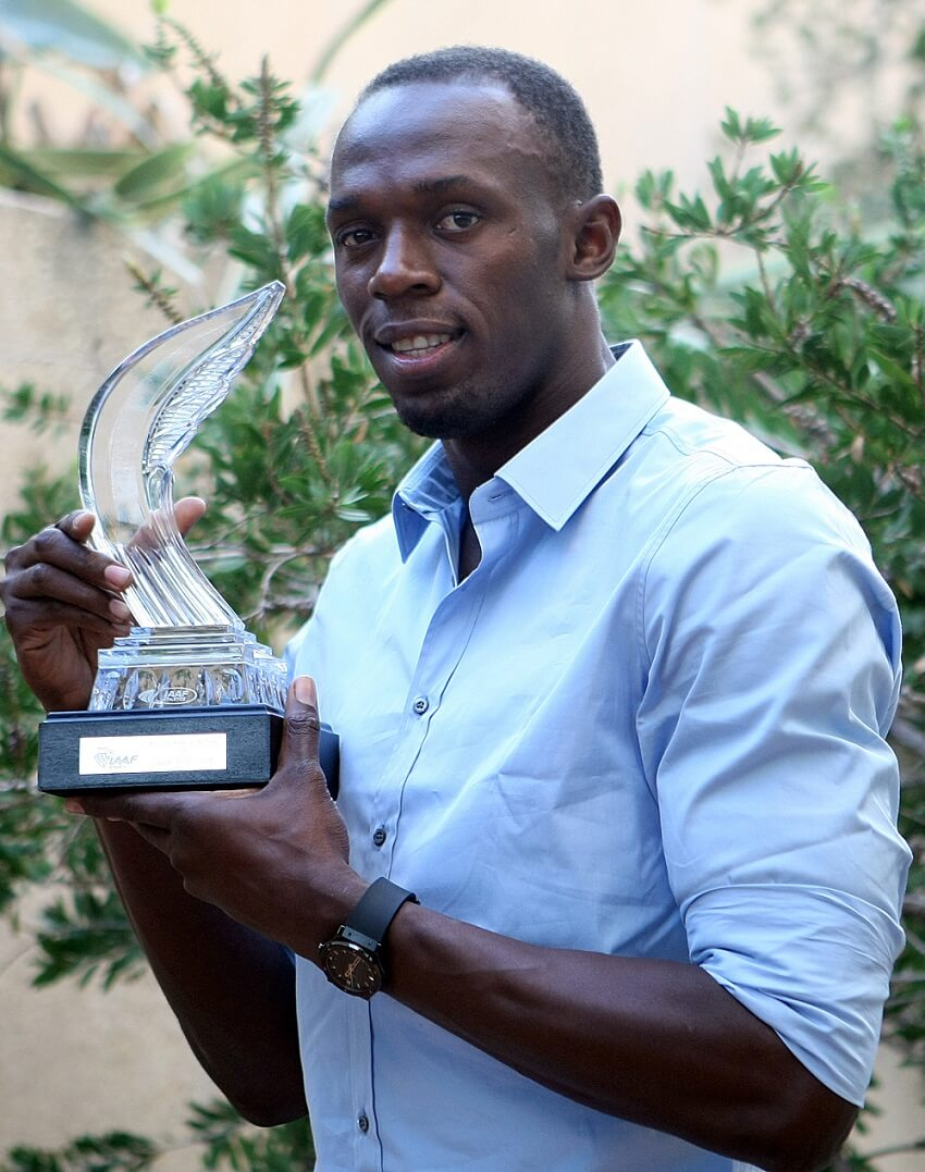 Usain Bolt with the IAAF Athlete of the Year award