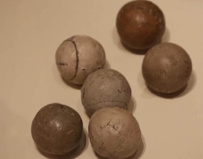 Feathery Golf Balls