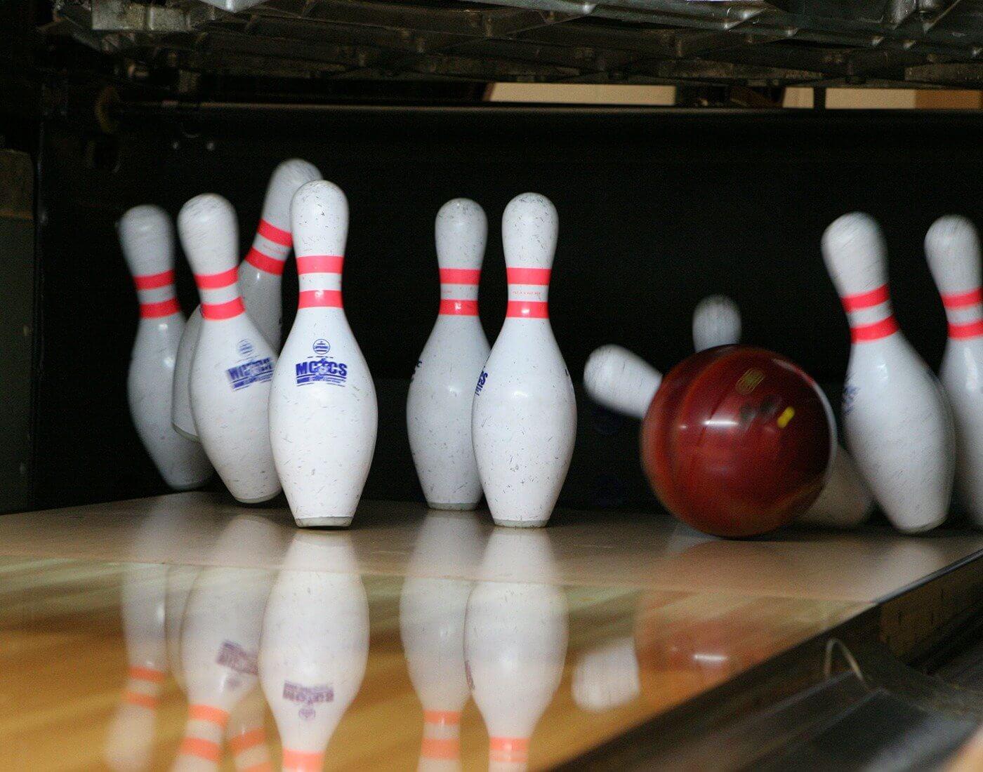 Bowling indoor sport