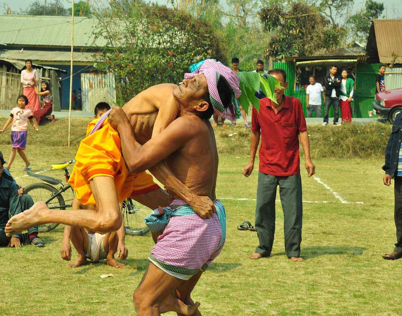 Mukna folk wrestling