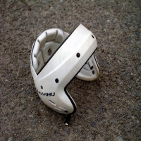 Pesäpallo - Helmet