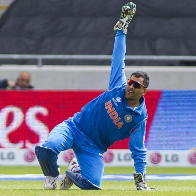 https://sportsmatik.com/hall-of-fame/view/M.-S.-Dhoni-1554