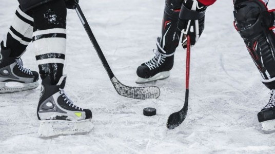 Ice Hockey in India - The extraordinary journey to conquer the never-ending struggle