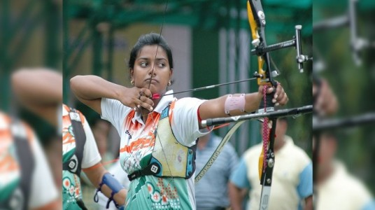 Indian Archers advanced into q...